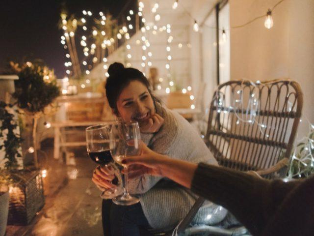 Set da vino personalizzati: una soluzione elegante per una casa chic