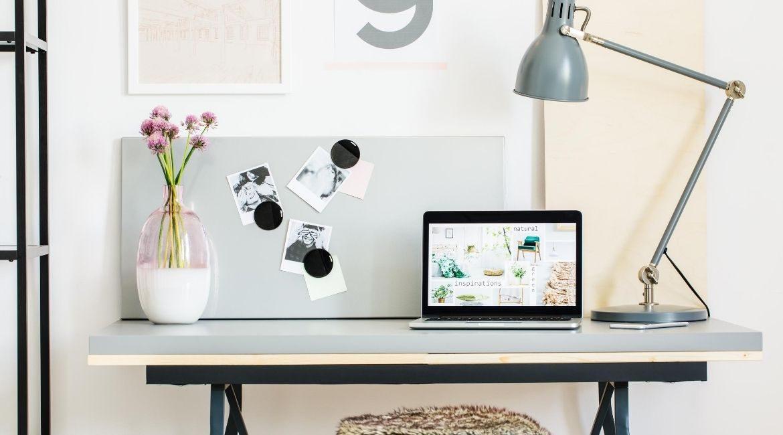 Come organizzare meglio la propria scrivania