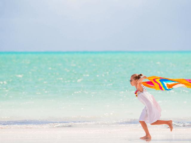 Estate 2021, gli accessori must have per la spiaggia