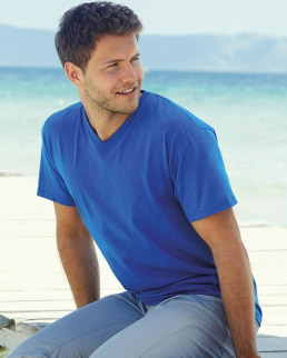 T-shirt VALUEWEIGHT scollo a V
