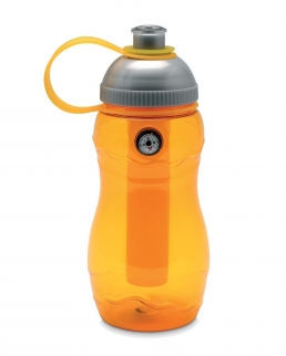 Bottiglia con elemento refrigerante interno