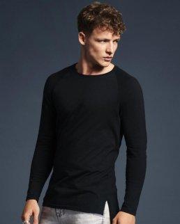 T-shirt LS lunga e slanciata