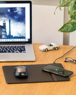Tappetino mouse con ricarica wireless